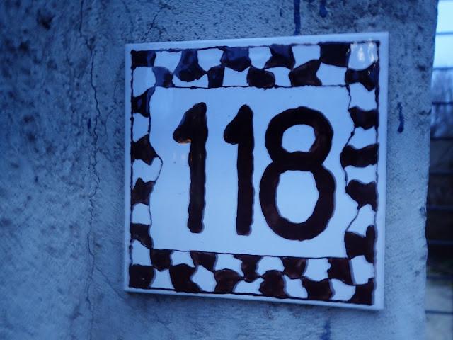 Kafelek z numerem domu