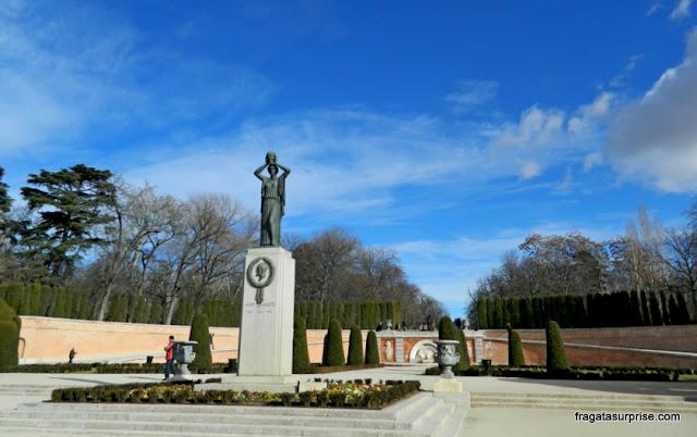 Bosque del Recuerdo, homenagem às vítimas do atentado da Estação de Atocha, no Parque do Retiro em Madri