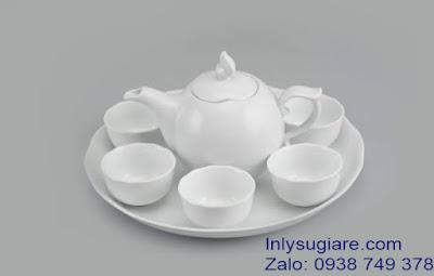 In logo lên ấm trà để quảng bá