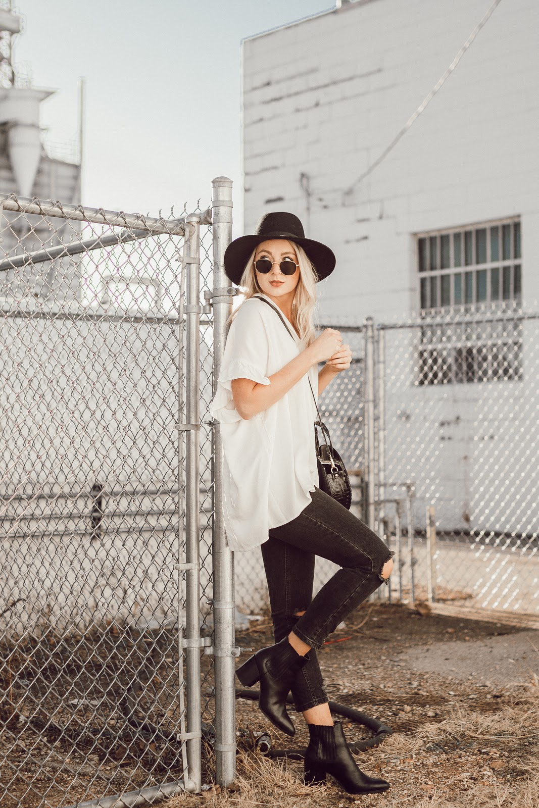 Oversized white blouse for spring | Love, Lenore