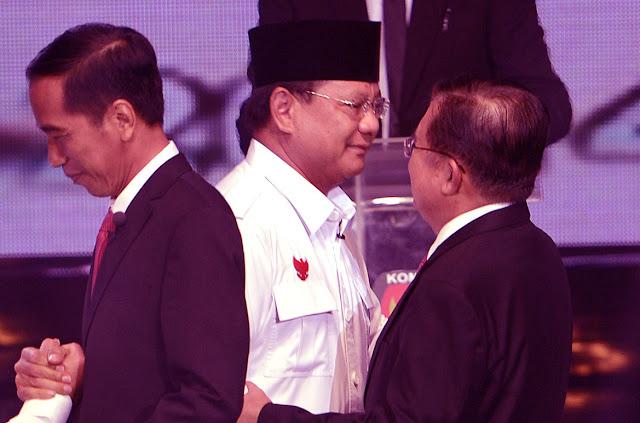 Jokowi Serang Prabowo, JK Membela