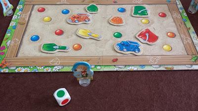 砂場のおもちゃ集め(Sandkasten-Sammelspiel) おもちゃダブった