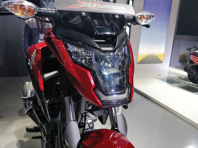 New 2018 Honda XBlade 160 Headlamp with side light
