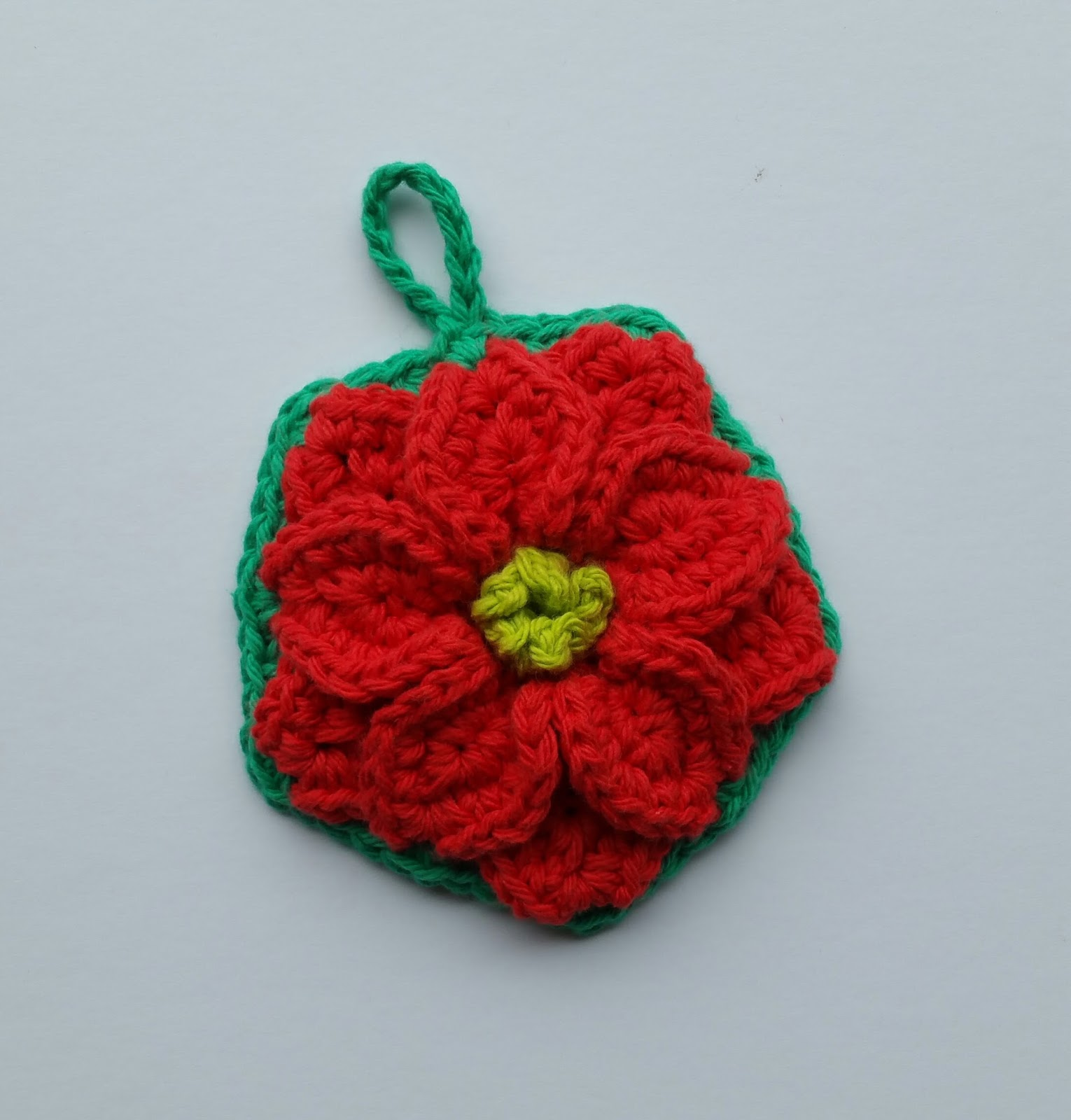 Chie Crochets & Knits too!: Ornament fun #4 - Poinsettia Tawashi