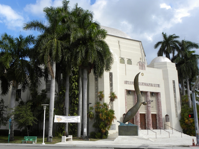 Miami Beach synagogue