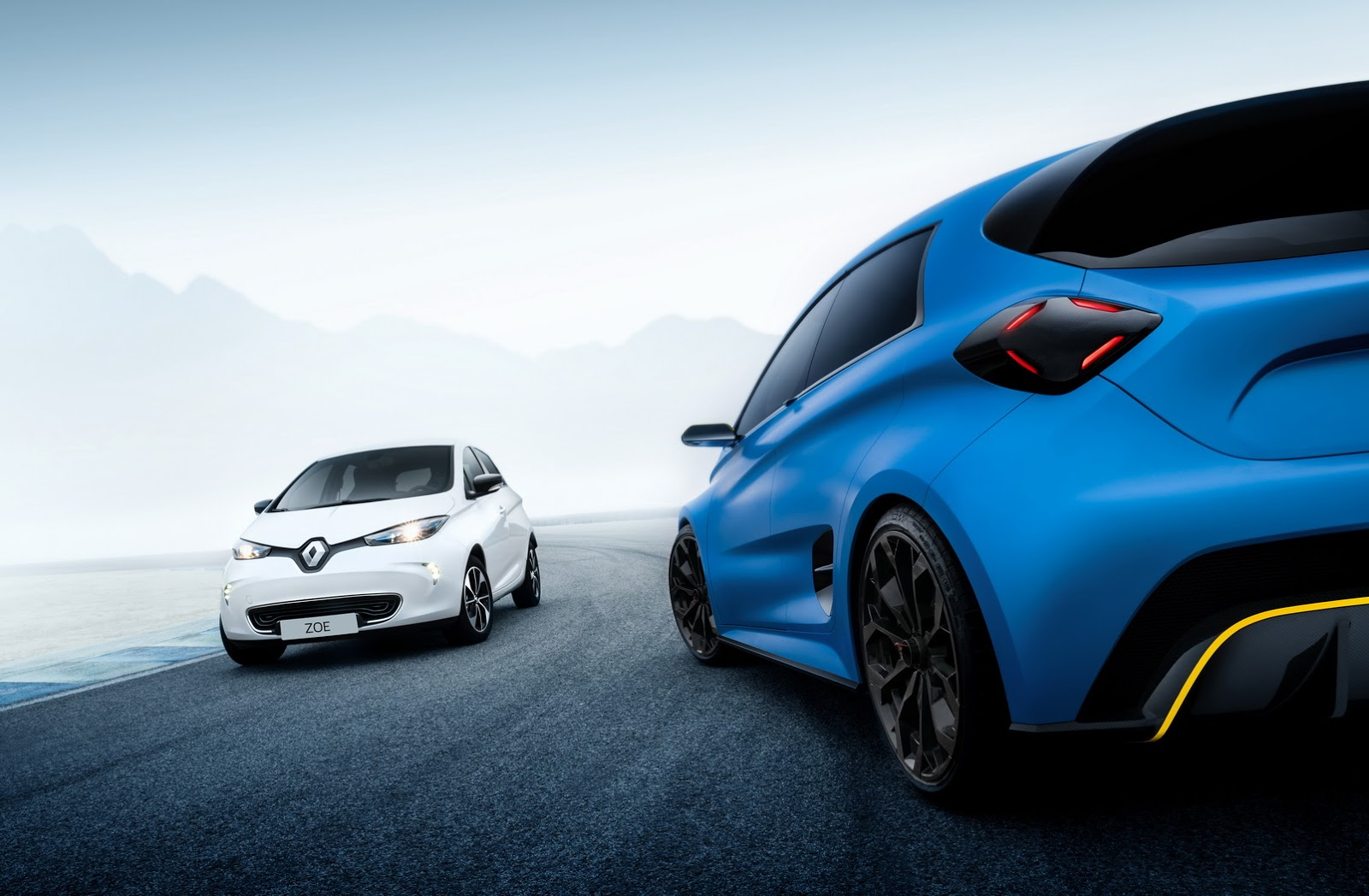 punchy renault zoe rs may arrive before 2020 carscoops. Black Bedroom Furniture Sets. Home Design Ideas