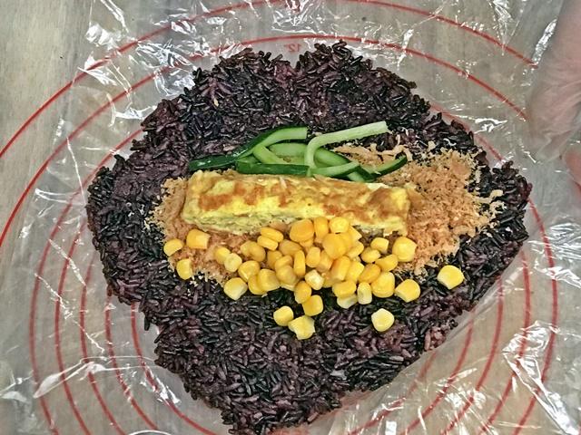素人崛起-蔬食早午餐~三重湯城園區內素食早午餐