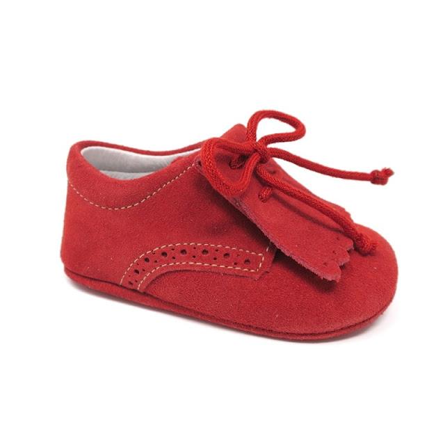 http://www.zapanines.es/zapatos-bebes/4045-blucher-suela-blanda-serraje-rojo.html