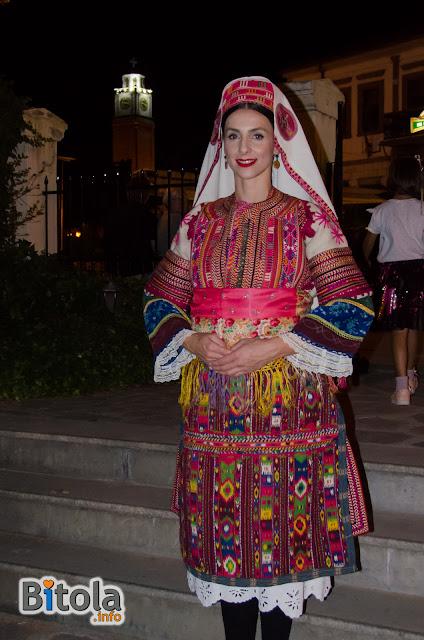 "Македонска народна носија - етнички предел Дебарско Поле Macedonian national costume - Ethnic area ""Debarsko Pole"""