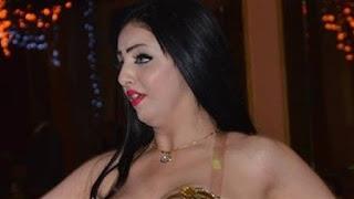 المطرب الشعبي خضر يعلن عن وفاة الراقصة الاستعراضية غزل، بسبب عملية تجميل في صدرها