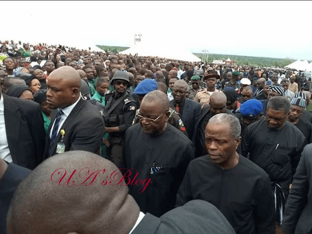 Osinbajo Weeps At Burial Of Catholic Priests, Others In Benue
