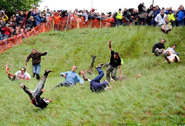 Куперсхилдская сырная гонка фото