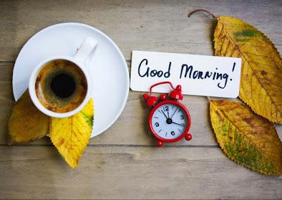 tea-with-green-leaf-morningtbreakfast