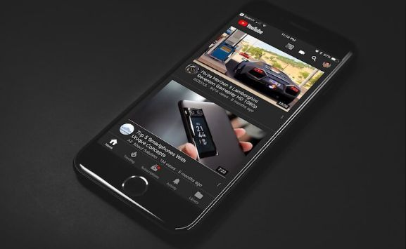 Mode Gelap pada Smartphone sangat membantu daya tahan baterai