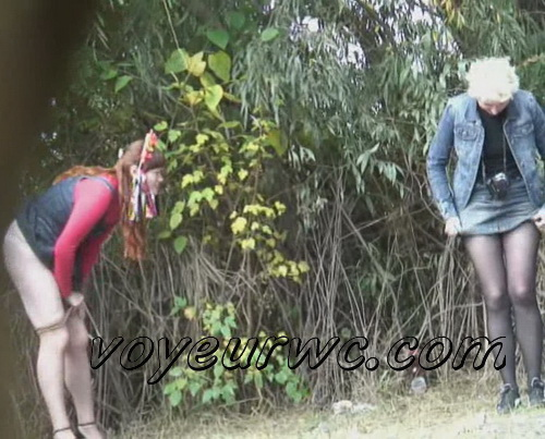 PissHunters 9796-9811 (Women caught by voyeur peeing outdoors)