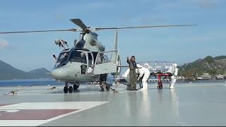KRI dr.Soeharso-990 Gelar Latihan Evakuasi Pasien Covid-19