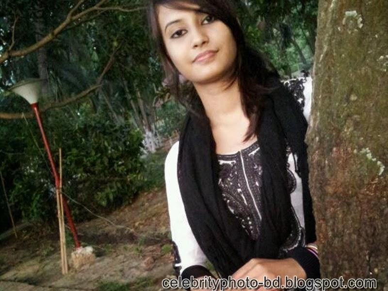 Sexy Bangladeshi Girl Ishana's Latest Unseen Photos and Wallpaper