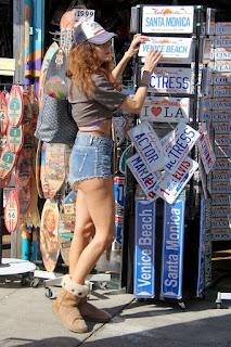 Blanca Blanco Shopping For Shades In Venice Beach