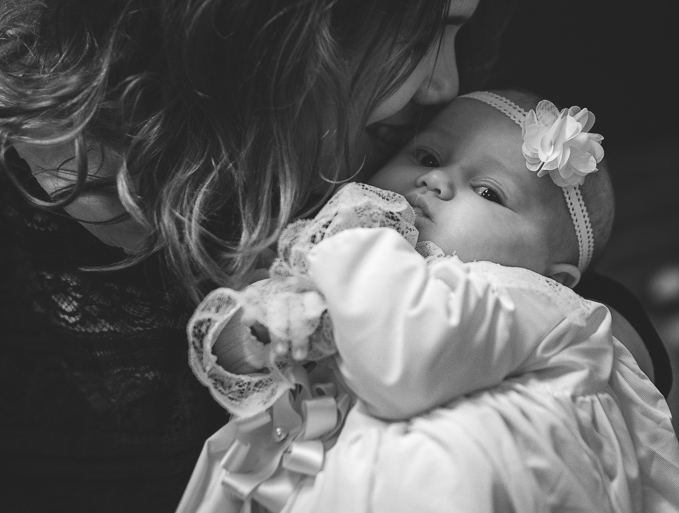 ristiäiskuvaus, vauvakuvaus, mustavalkokuvan sävyt