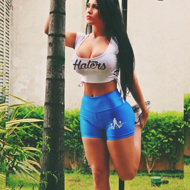¡La Megan Fox brasileña que está poniendo de cabeza las redes sociales!