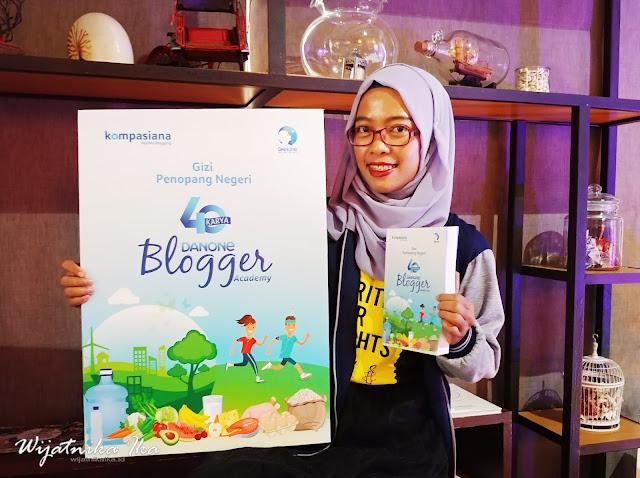 Gizi Penopang Negeri, Buku Keroyokan Hadiah Akhir Tahun 2018 yang Membuatku Bahagia