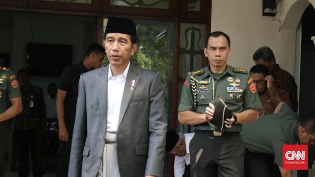 Kesal Dituduh PKI, Jokowi: : Awas Kalau Ketemu Saya Gebuk Betul