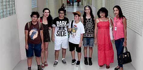 Universidades de Pernambuco querem integrar estudantes travestis e transexuais