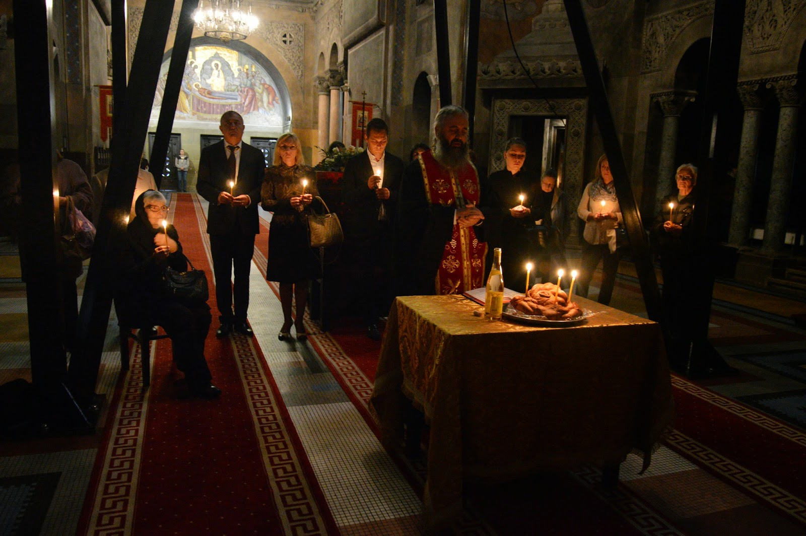 Parastas si sfintirea crucii mormantului credinciosului Ion Racasean, Cluj-Napoca
