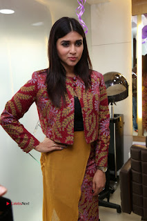 Actress Mannara Chopra Pictures at Natural Salon Launch  0282.JPG