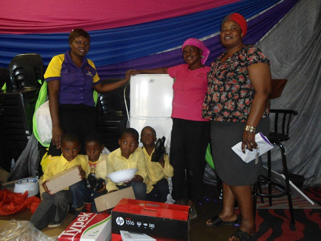 Benfarm Drop-In Centre - Hollywoodbets Donation