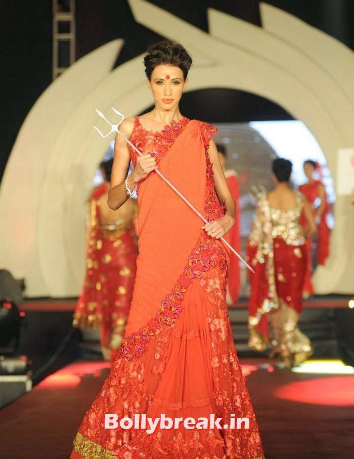 Alicia Raut, Rohit Verma's Fashion Show Pics