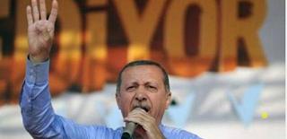 Suudiler şekilde Müslüman Kardeşler ve Türkiye'nin peşinde