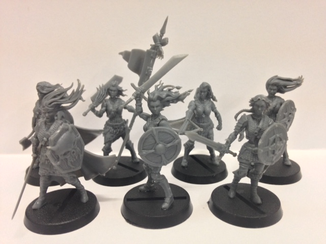 Shieldwolf Miniatures: Plastic Fantasy Shieldmaidens and Rangers Reviewed!