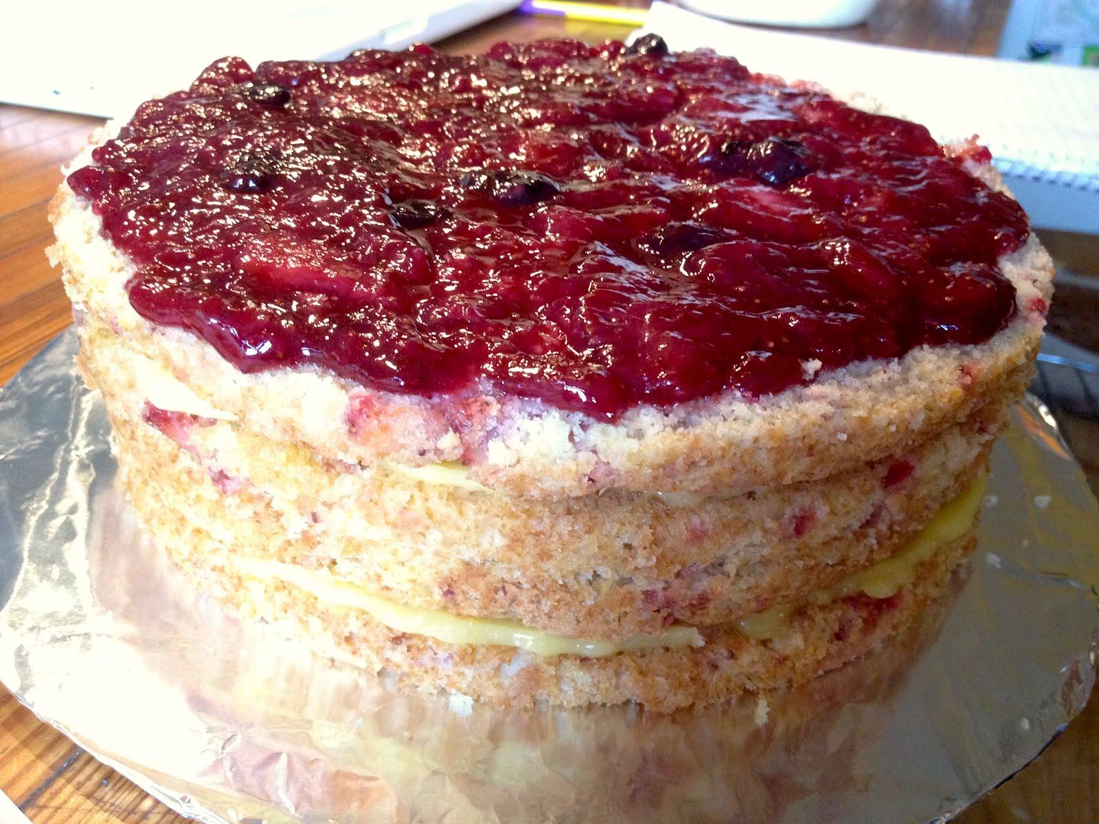Disgruntled Baker: Strawberry Cake With Jam And Lemon Curd