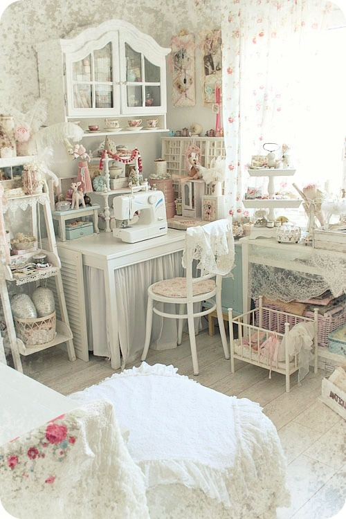 Dreaming Of A Shabby Chic Studio Apartment