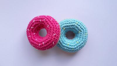 donuts , crochet , dinette