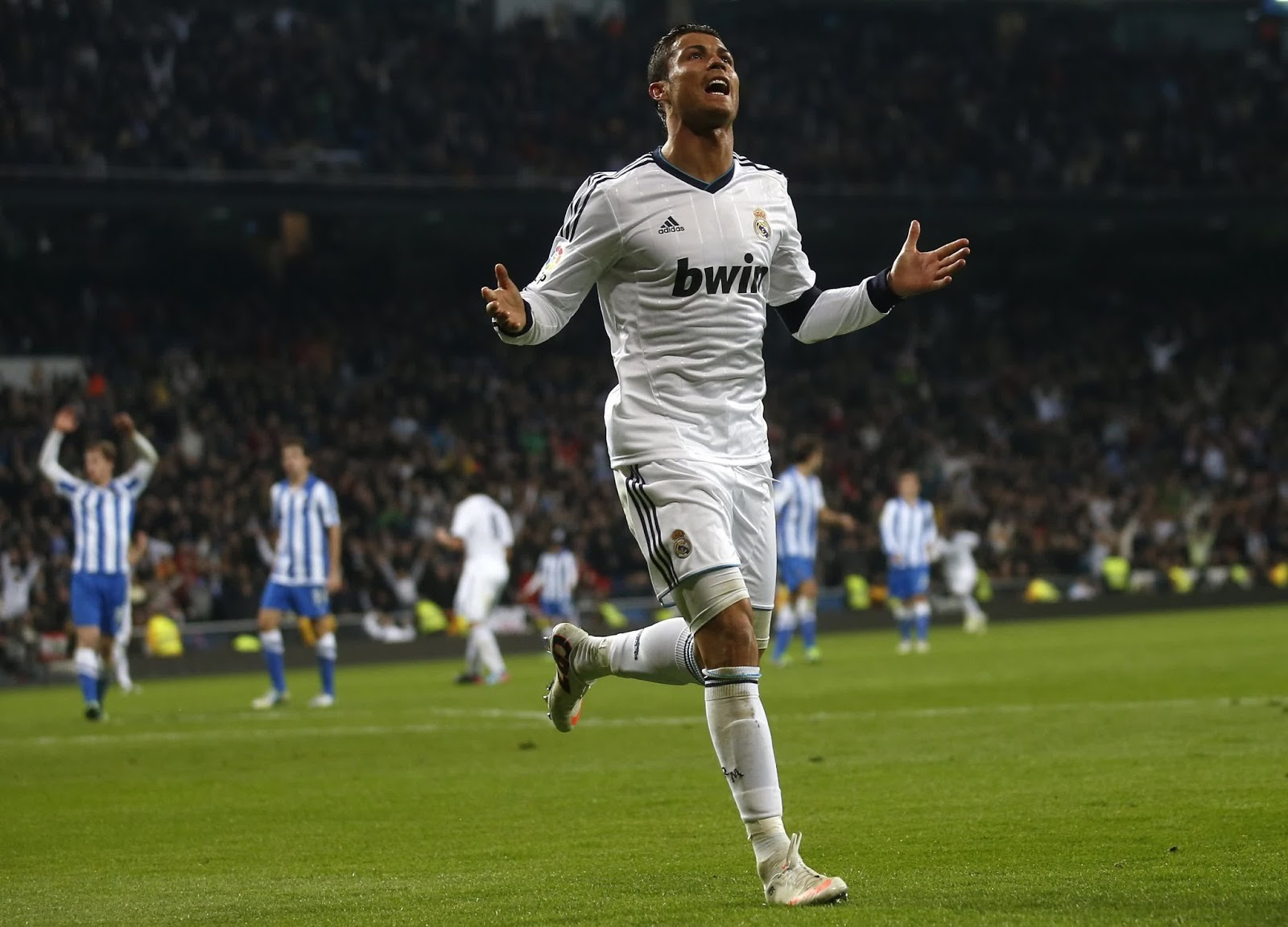 cristiano ronaldo goal celebration HD picture