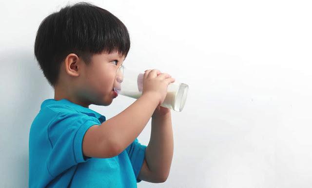 waktu-terbaik-dan-bagi-anak-minum-susu.jpg