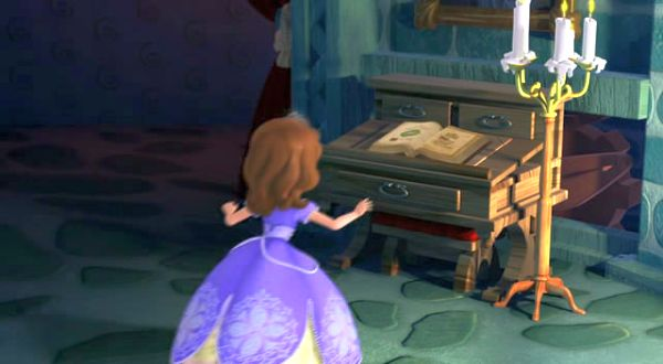 Watch: Sofia the First get the spell book