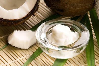 L'huile de coco et la menthe poivrée
