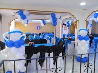 angeles con globos en primera comunión