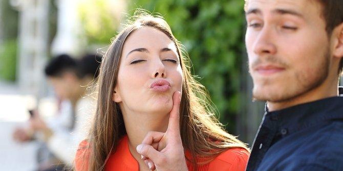 Enam Phobia Aneh Yang Bisa Rusak Romantisme Kehidupan Sepasang Kekasih