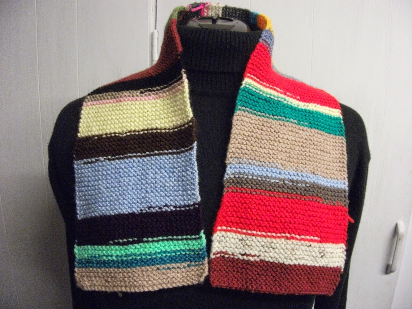 Paulineknit ~ Scarf Knitting Patterns: Reversible Colourful Shaggy ...