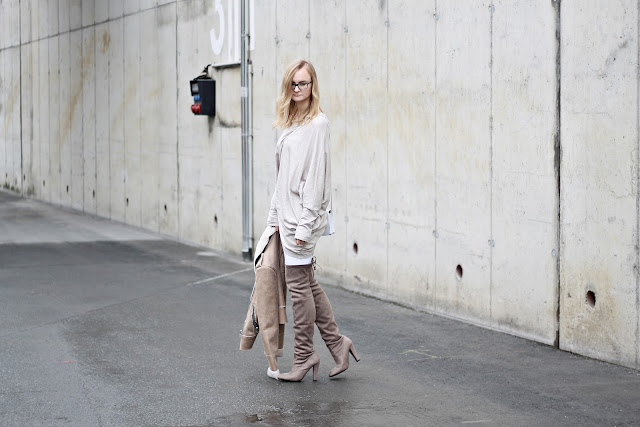 neutral layering outfit