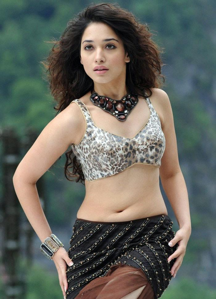 tamanna bhatia in bikini south indian actresses pics