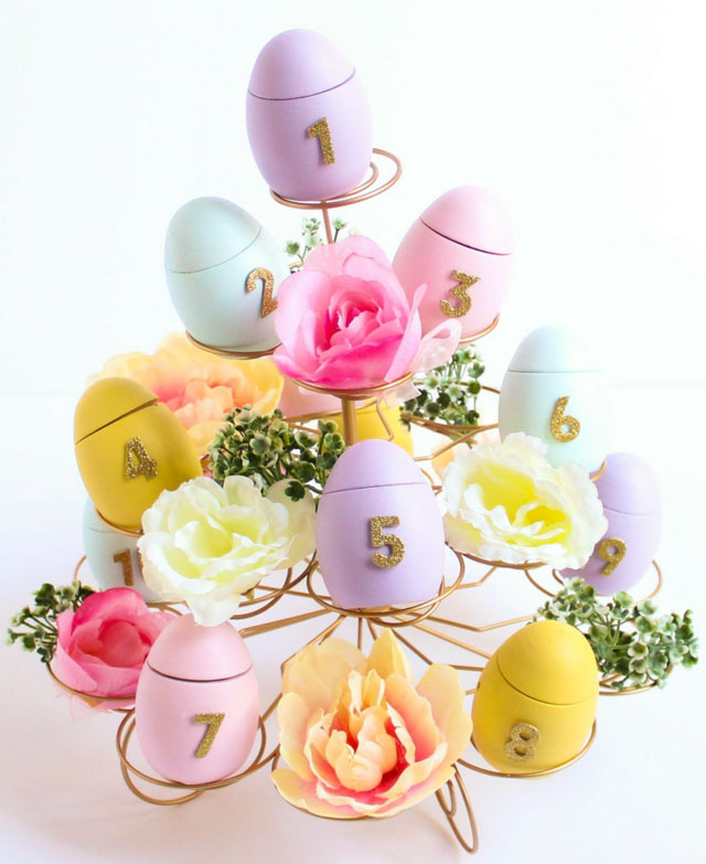 Such a pretty Easter countdown calendar idea! Fill the eggs with candy and an Easter Bible verse. #eastercountdown #eastercalendar #eastercraft