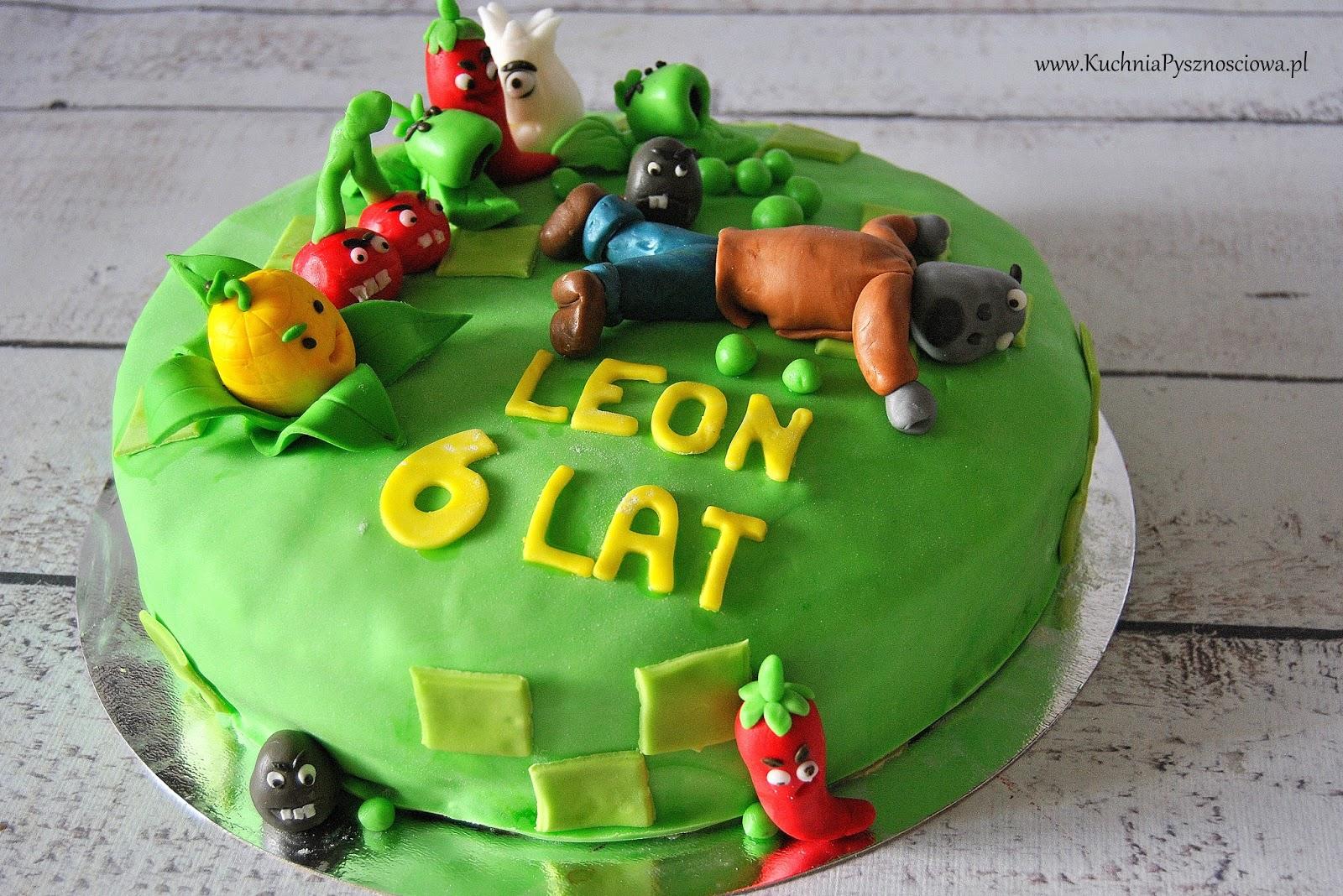 Urodzinowy tort z zombiakami