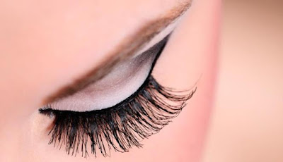 Tips How to  Lengthen, Thicken, Bushy, and Curly Eyelashes Naturally