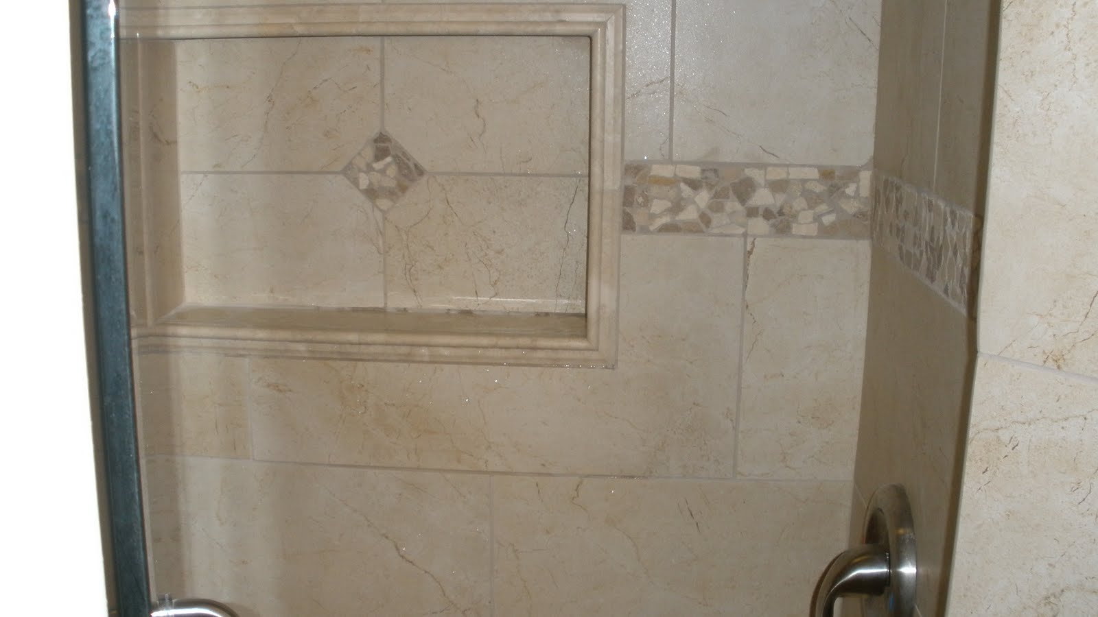Chair Rail Tile Chair Rail Niche With Boarder Tile And Stone By Design