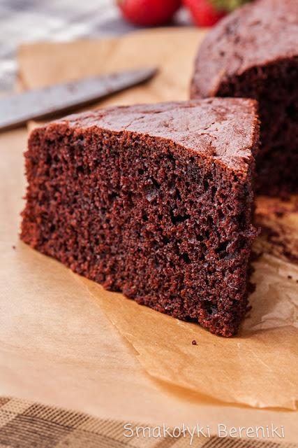 Ciasto czekoladowe z kwaśną śmietaną